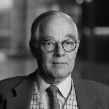 Dr. Friedrich Thelen