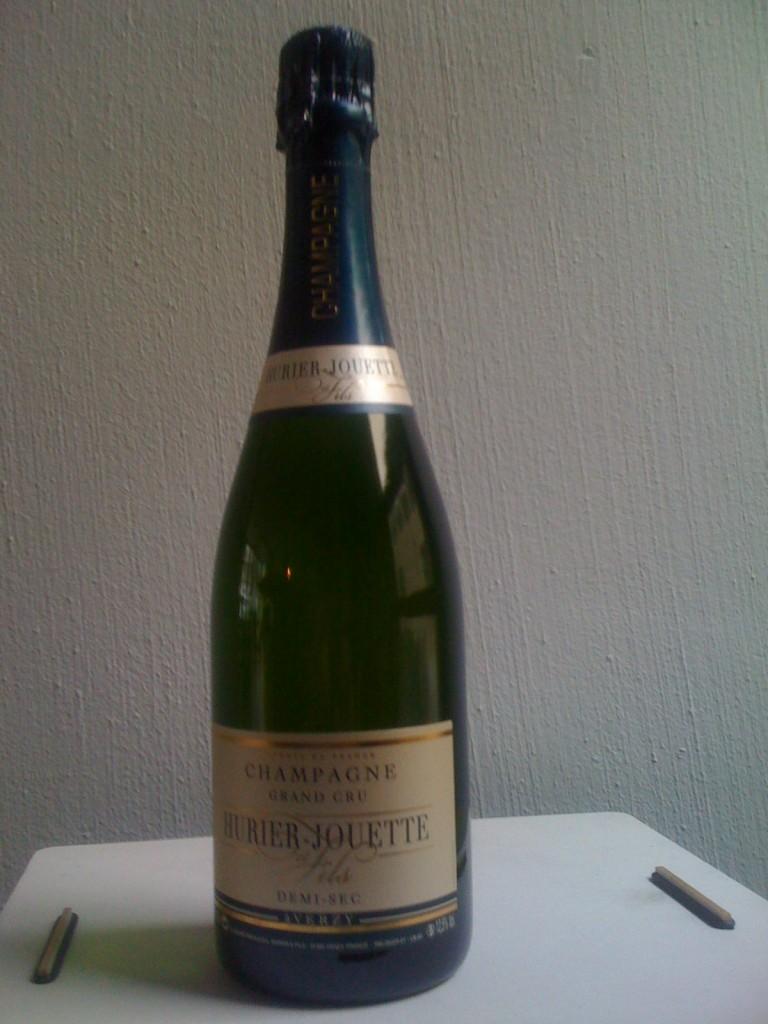 Fünf-Sterne Champagner von Jurier-Jouette für einen Sieger