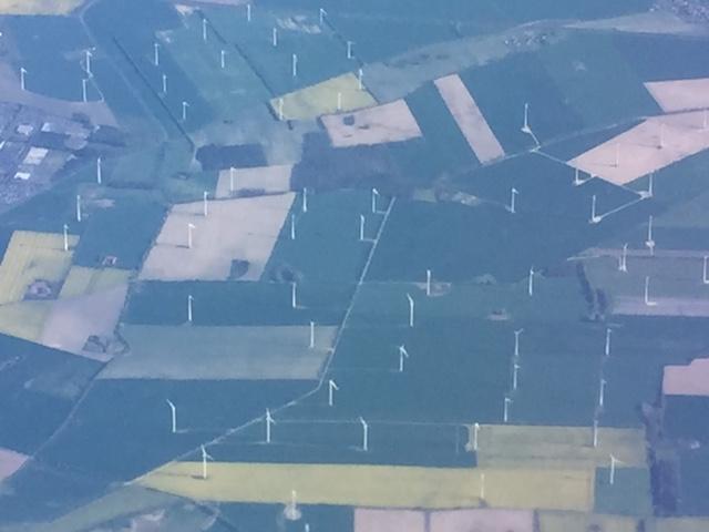 Verspargelung und Industrialisierungswüste in Deutschland durch Windräder