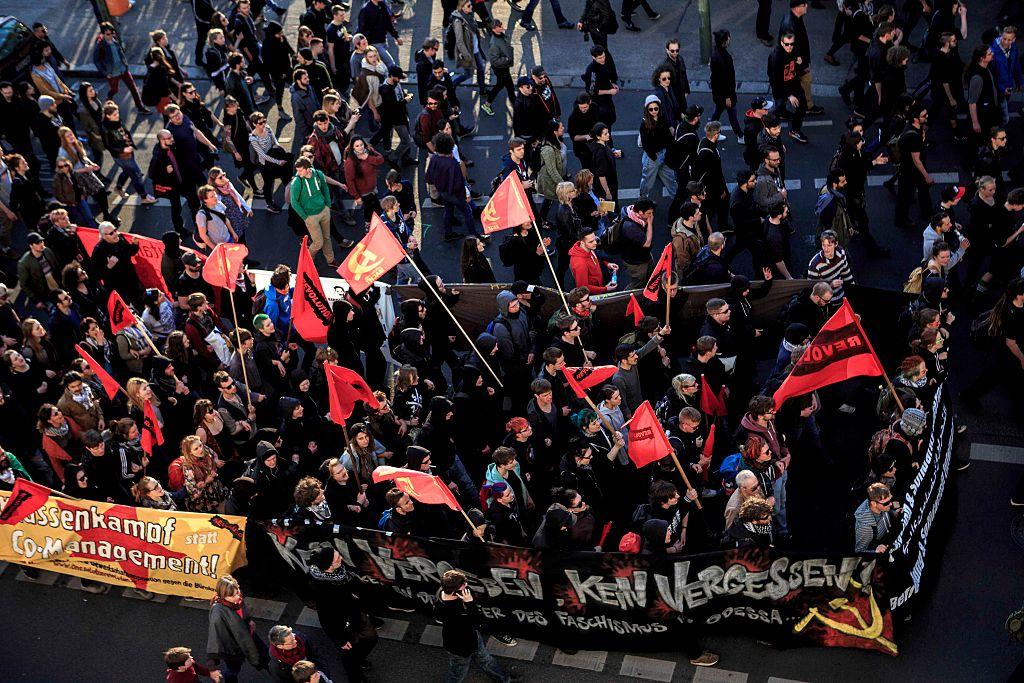 Ist Gewalt gegen die AfD erlaubt - oder sogar erwünscht? - Tichys Einblick