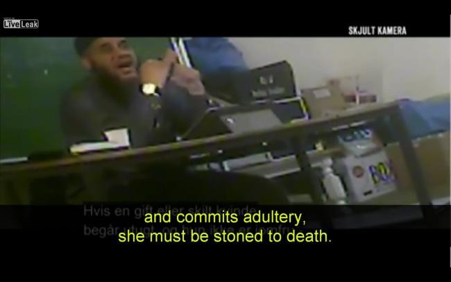 Dänen geschockt durch Doku-Serie über Imame - Tichys Einblick
