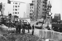 """Damals der """"antifaschistische Schutzwall"""", heute die Meinungs-Mauer"""