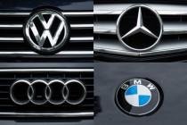 Aasgeier kreisen über der Autoindustrie