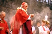 Appell an Kardinal Marx: Fallen Sie nicht vor Karl Marx auf die Knie