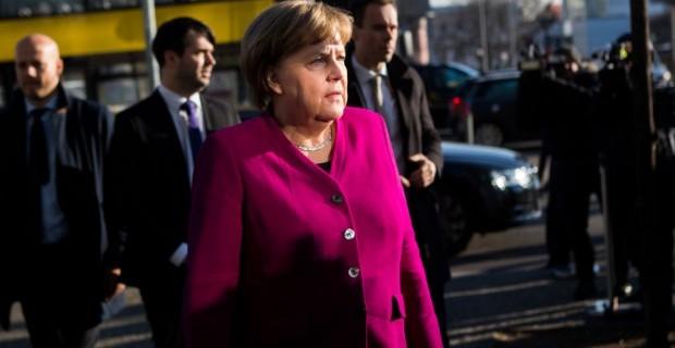 Angela Merkel und ihre GroKo: Deutschlands teuerste Kanzlerin