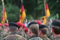 Feind mit Fahne in Potsdam gesichtet
