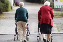 In der Rentenpolitik spielt die Regierung auf Zeit
