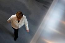 FAZ: Merkel spaltet