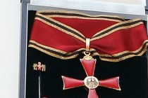Ein Kreuz für Dunja