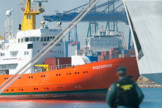 Schiffbruch mit Schiffbrüchigen: Seenotrettung oder No-Border-Politik?