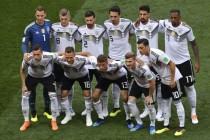 """Fußball-WM: Wer sind """"Wir""""? Die deutsche Nationalelf und der zwölfte Mann"""