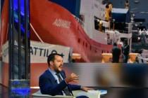 Deutsche Piraten, eine geknickte Merkel und ein ausfälliger Macron