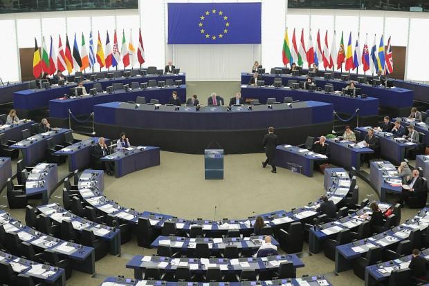 EU-Dokumente des Grauens – Brüssel will deutsche Autoindustrie schleifen