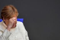 Rücktritt in Wien, sitzen bleiben in Berlin