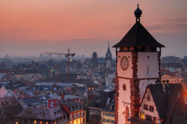 Normal in Freiburg – Protest gegen Rechts nach Gruppenvergewaltigung