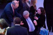 """Junckers """"Ischias"""", und der Zwang zum Küssen"""
