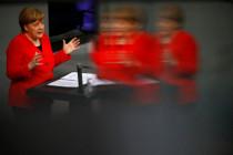 Regierungserklärung Angela Merkel: Für wen spricht sie? Deutschland, Europa oder die Welt?