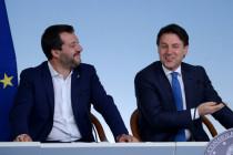 Conte und Salvini über Facebook