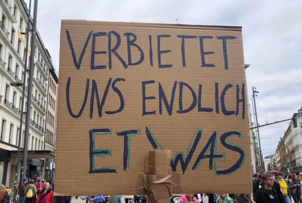 Von der solidarischen DDR, dem Ende des Kapitalismus und anderen Systemfehlern