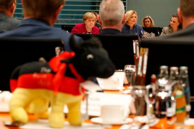 Merkel schmeichelt Bauern: Die Landwirtschaftspolitik aber bleibt