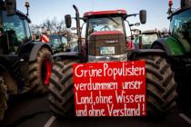"""Warum die Traktoren gegen die """"Agrarwende"""" rollen"""