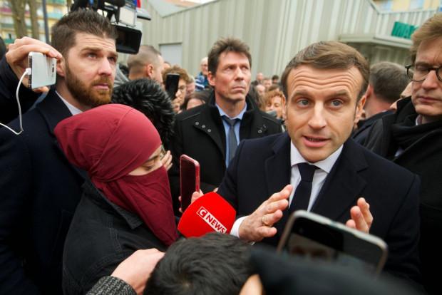 """Macron kündigt eine """"Rückeroberung"""" Frankreichs an"""