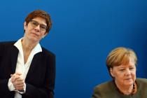 """Internationale Presseschau: """"Die Welt der deutschen Politik auf den Kopf gestellt"""""""