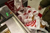 Plastik sei Dank: Corona offenbart die Vorteile der Einwegtüte