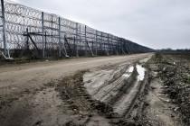 Griechenland baut Grenzzaun, Türkei murrt