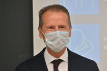 Machtkampf bei VW: Vorstandschef Diess im Kreuzfeuer der Kritik