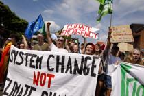 """""""System change not climate change"""":Kapitalismus und Umweltzerstörung"""