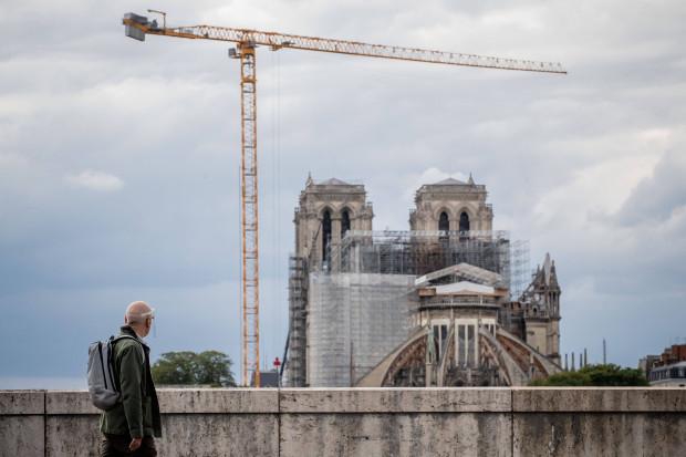 Notre-Dame: Macron nun doch für originalgetreuen Wiederaufbau