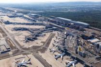 """Flughafen Frankfurt: """"Deutschlands größte Außengrenze"""" steht für Zuwanderer sperrangelweit offen"""