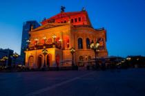 Frankfurter Opernplatz: Ausschreitungen und Festnahmen nach Angriffen auf Polizisten