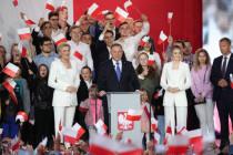 Euphorie und Alarmzeichen: Knapper Wahlsieg für Staatschef Duda