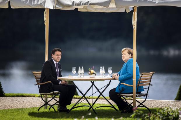Contes Auftritt auf Schloss Meseberg glich einer Unterwerfung