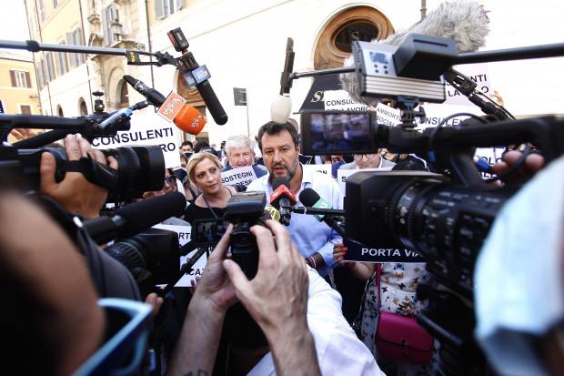 """Salvini: """"Heute Istanbul, morgen Athen und danach stehen sie hier bei uns …"""""""