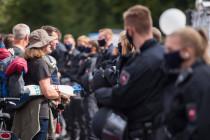 Druck auf die Demonstranten