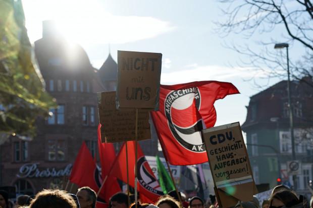 Grüne Studentengruppe unterstützt verfassungsfeindliche Antifa AK