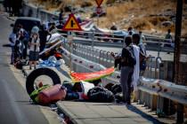 Report aus Moria: Wütende Dorfbewohner vor Inferno-Kulisse