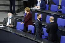 """Was im Maßnahmenpaket gegen """"Rassismus und Rechtsextremismus"""" steht"""