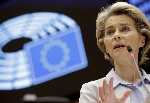 Ursula von der Leyen:Dauerbeschallung mit Schlagworten und Videos