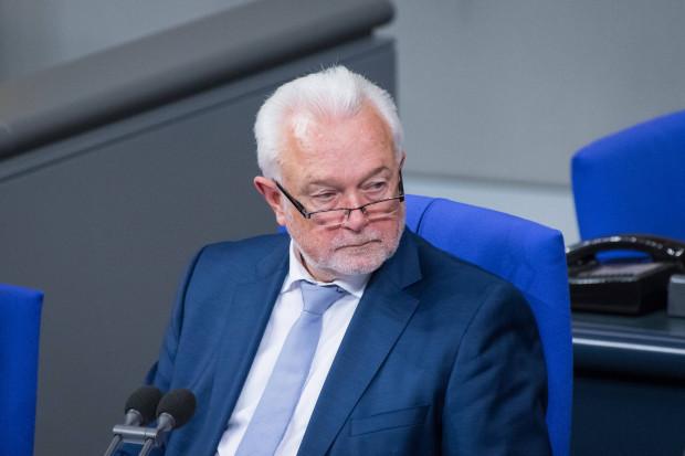 Kubicki zu Impfpflicht, Braun und Merkel: Es gibt keine Grundrechte erster und zweiter Ordnung.
