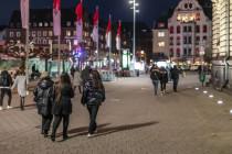"""Düsseldorf erlässt ein """"Verweilverbot"""" für die Altstadt"""