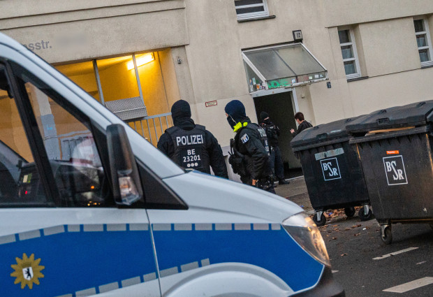 Ermittlungen gegen Corona-Hilfen-Betrüger und Moscheevereine mit Terrorismusbezug
