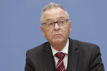 """Ex-Verfassungsrichter attestiert Merkel """"irrige Vorstellung"""" über die Werteordnung des Staates"""