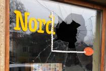 """Anschlag auf """"umstrittene"""" Buchhandlung in Dresden"""