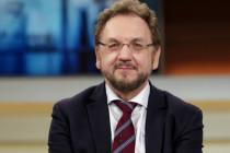 """Heribert Prantl: """"Es tritt eine Veralltäglichung der als Ausnahme eingeführten Notgesetze ein."""""""