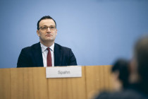 Spahns Maskenaffäre: Ministerium zahlte Fiege 40 Mio. Euro Abschlag im Voraus