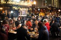 London kehrt zurück ins öffentliche Leben